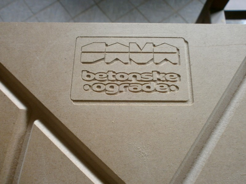 Logotip za otisak u betonu