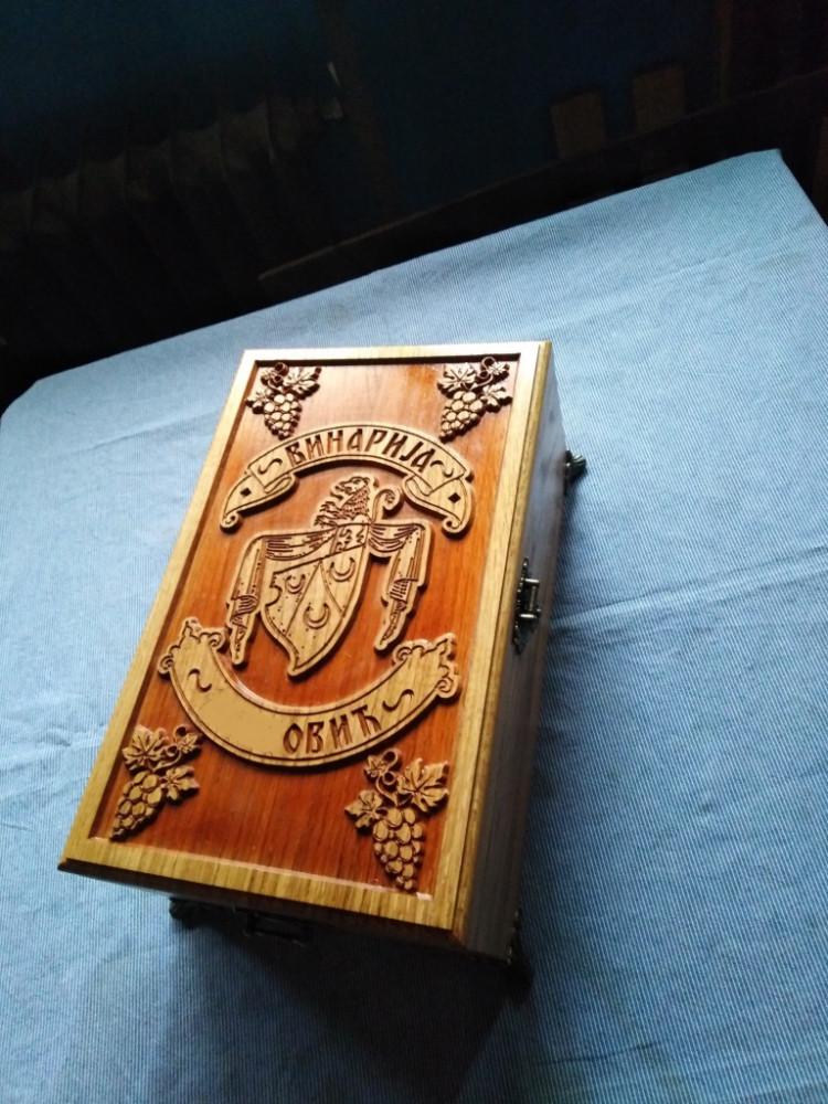 Kutija za vino-duborez