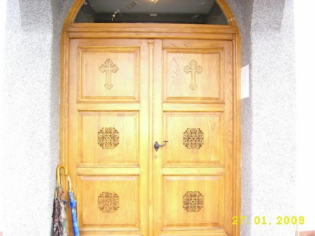 Crkvena vrata
