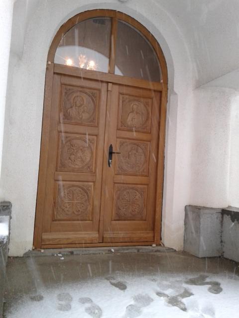 Crkvena vrata duborez